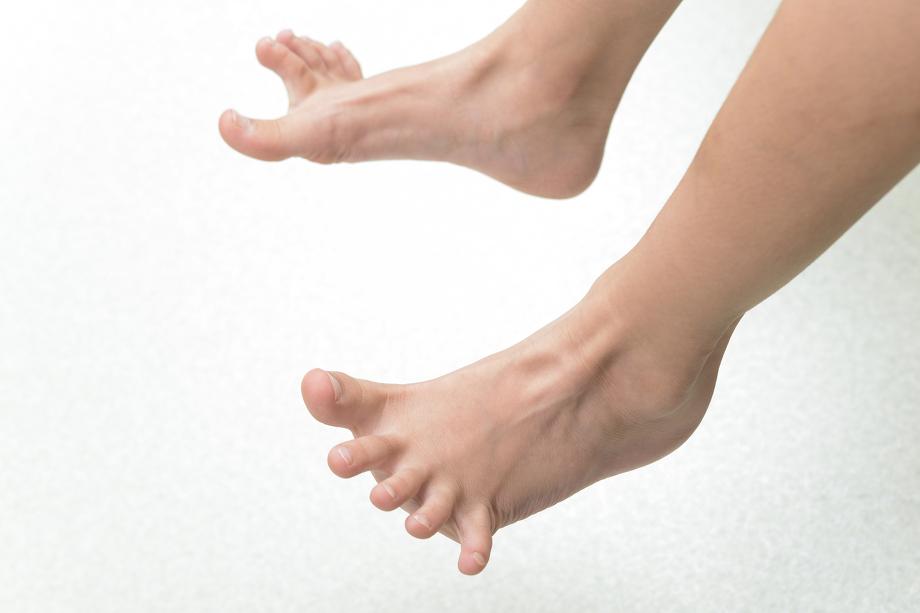 足のチェックの様子
